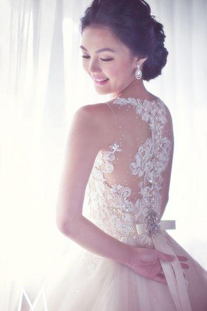 Veluz Reyes Wedding Gown For More Visit Facebook Gelinligimm