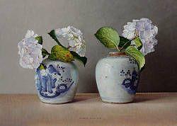 Witte hortensia in Chinese potten | stilleven schilderij in olieverf van Ingrid Smuling | Exclusieve kunst online te koop in de webshop van Galerie Wildevuur