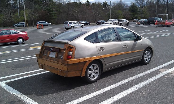 """""""There, I fixed the damn Prius. Happy now?"""" : pikdit"""