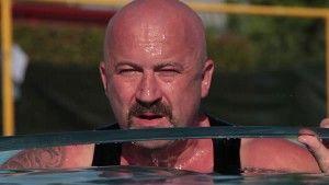 STA ARRIVANDO – TEASER 2 – Gaggina esce dall'acqua con la katana #IRAFUNESTA