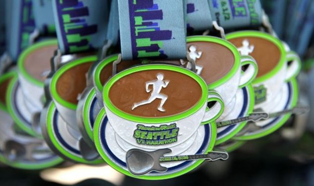 Rock n Roll Seattle Half Marathon race report! One of my perennial favourites, this always makes for a great weekend away!