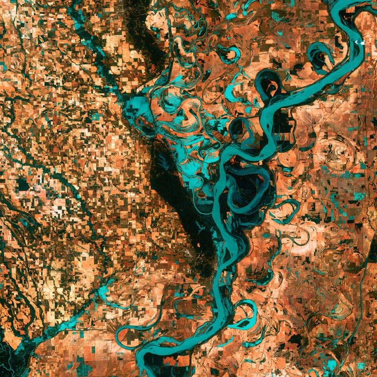 Satellite images acquired by the Landsat 7 satellite