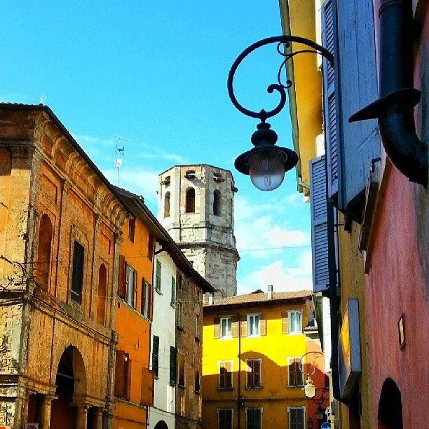 Reggio emilia colori della primavera instagram by - Discount della piastrella reggio emilia ...