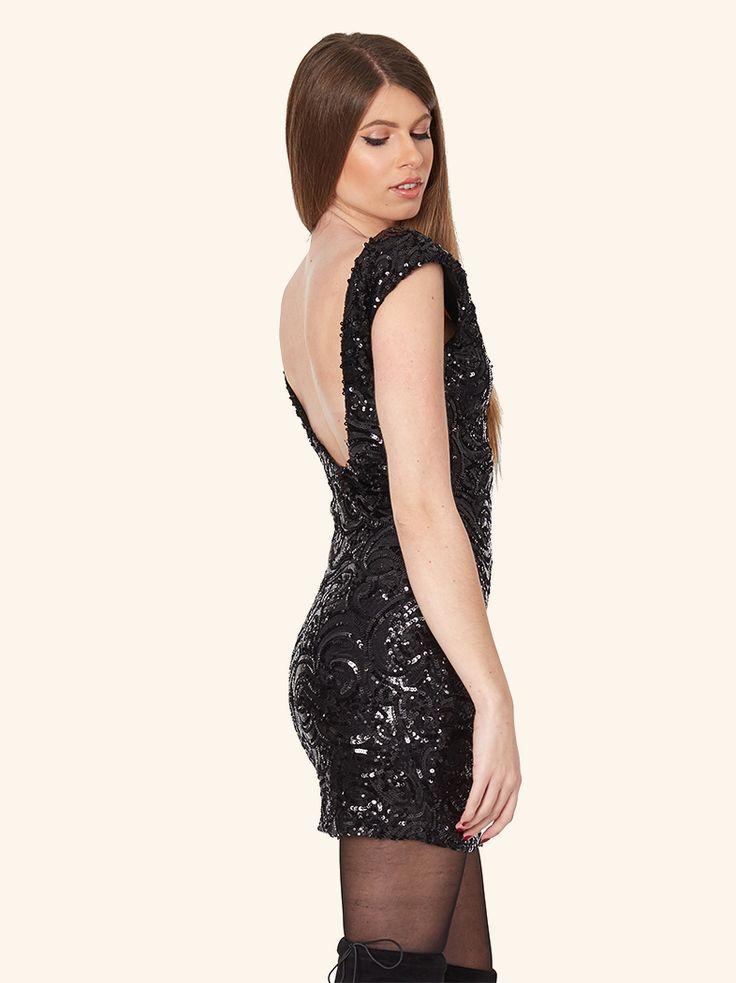 Απίστευτο φόρεμα με παγιέτες που θα λατρέψεις: http://mikk.ro/b8k  #μαύρο #φόρεμα #μίνι #black #dress #mini