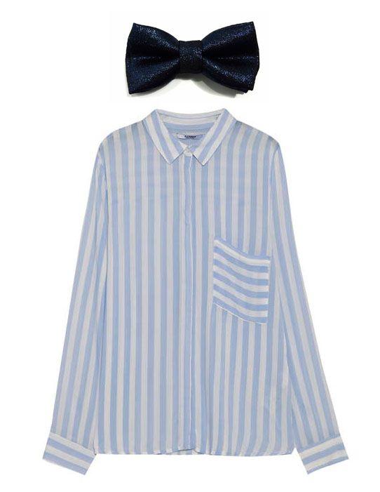 Os traemo este conjunto para mujeres. Una camisa de Pull and Bear para este tiempo de otoño, con colores claritos, en tonos azul claro y blando, combinados con una pajarita en azul más eléctrico para hacer destacar tu conjunto.