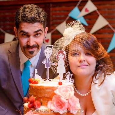 Detalhe dos sapatos da Estela e do Rafael no casamento DIY