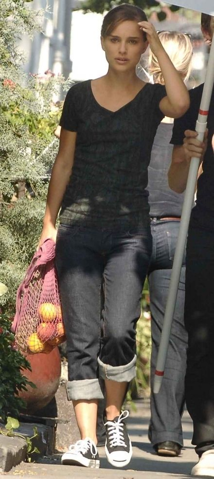 awesome Natalie Portman Style - love the converse :)