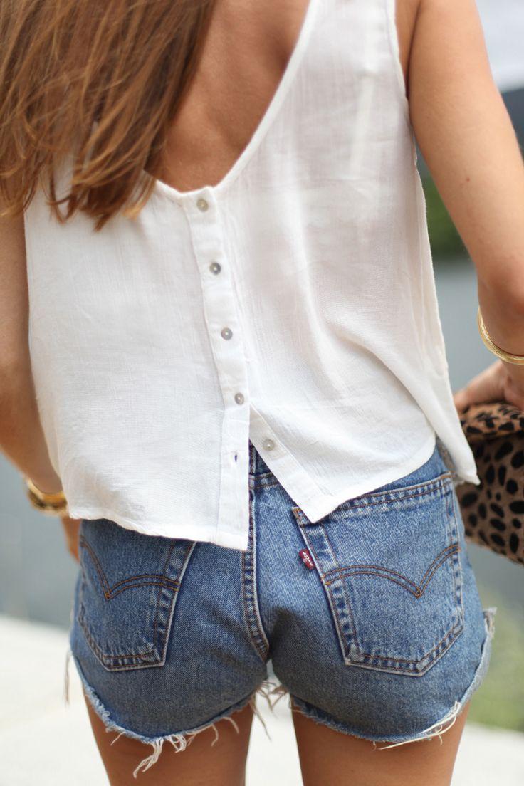 basics. white top + levi's denim shorts