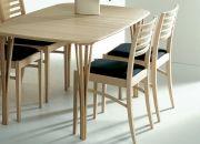 Haslev, 920-serien, massivt träbord av ek/bok/körsbär, träsplitben, finns i flera mått samt med iläggsskivor