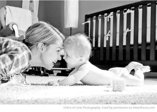 Beautiful Mom and Me Photos for Mothers Day - Lifestyle Photography by Slice of LIme Photography via iHeartFaces.com