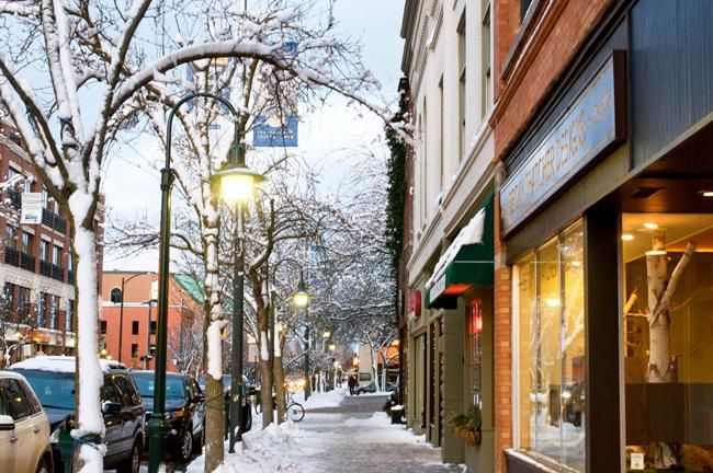Perfect Winter Afternoon in Downtown Traverse City / MI, USA