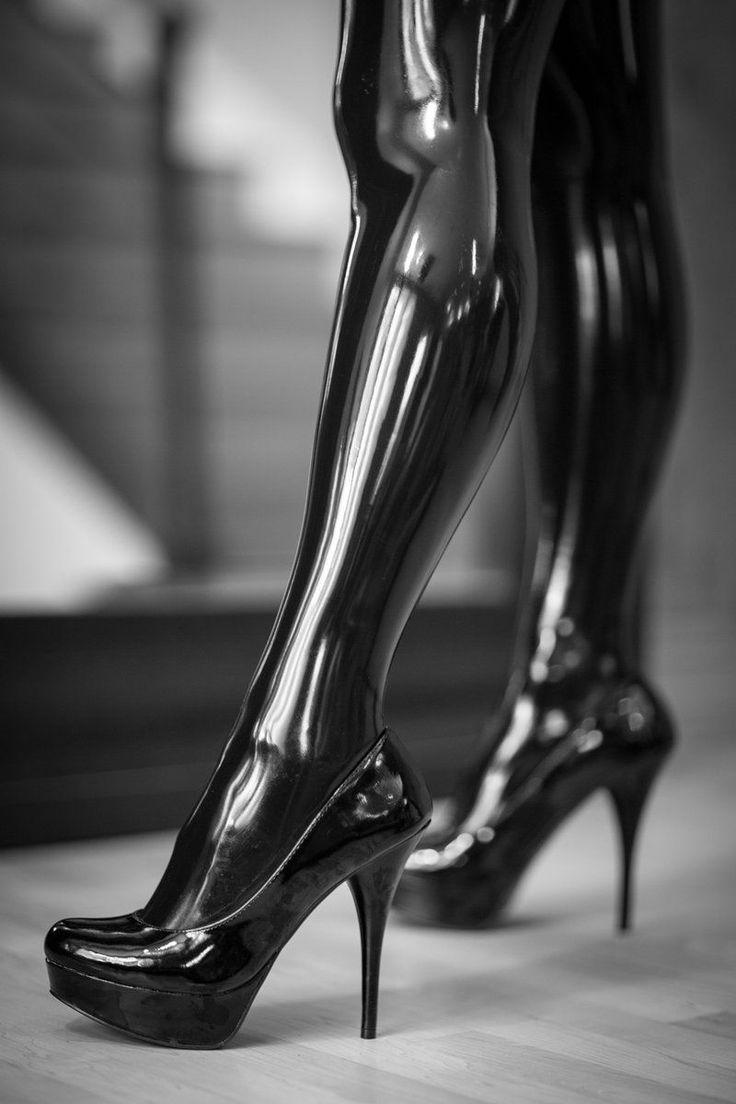 женщины на каблуках фетиш фото сегодняшний день