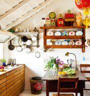 Une cuisine vintage esprit cantine - Marie Claire Maison