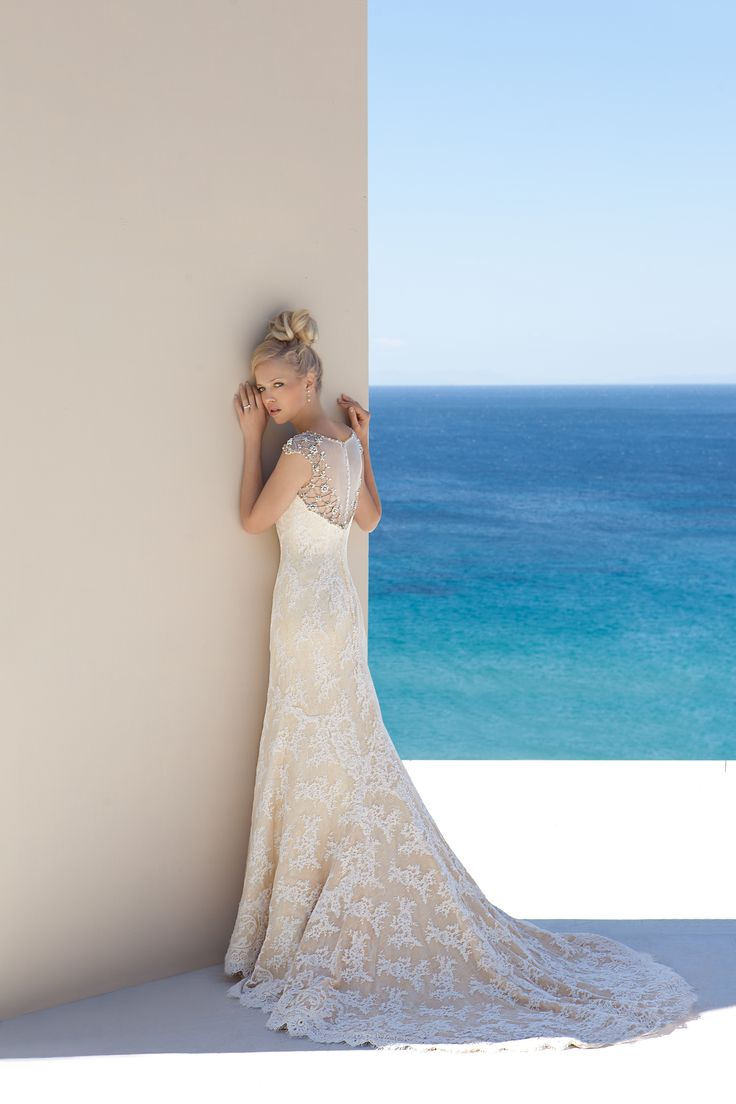 12 best Beach Wedding Dresses images on Pinterest   Bridal boutique ...