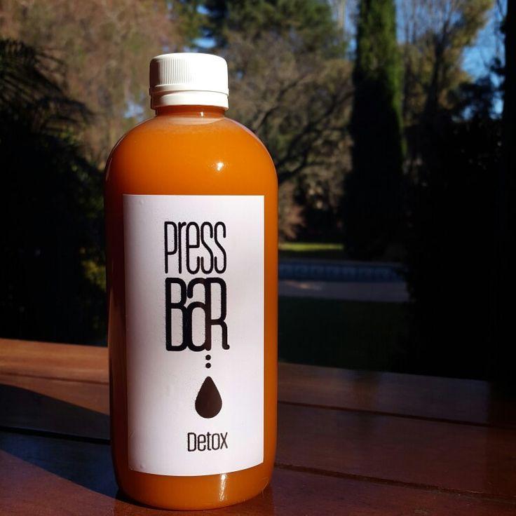 Día especial para Cool Carrot.  Zanahoria,  manzana roja y jengibre.  Delicia.  #pressbardetox #detox #comidasana #comidaconciente
