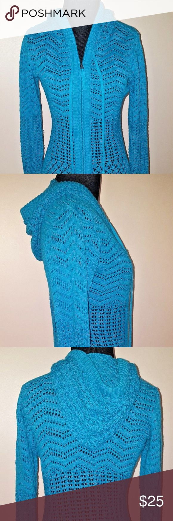 """Athleta Shoreline Hoodie Open Knit Full Zip XS Athleta Shoreline Hoodie Open Knit Full Zip Sweater Bali Blue Lightweight Sz XS  The ultimate breezy beach cover up hoodie in soft cotton crochet.  Right sleeve has pulled thread.  Bust 35 1/2"""" Sleeve 35"""" Length 26"""" Athleta Tops Sweatshirts & Hoodies"""
