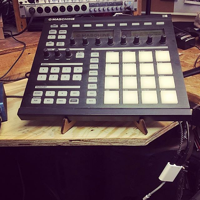 #Repost @marv1977 ・・・ I'm loving this #kolibri stand by @cremacaffeshop. Review coming soon via @youtube on @maschinemasters channel. #staytuned  #producerville #producerlife #beatmakers #logicprox #flstudio #Ableton #mpc #protools #drumloops #royaltyfree #loops #chords #beatmaker2 #oxygen8 #iosmusic #iosmusician  #maschinemasters #imakebeats #imakehits #respecttheproducers #marv4mobeats ・・・ KOLIBRI stand:  http://cremacaffedesign.com/kolibri/