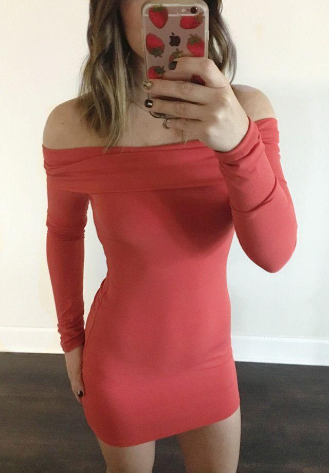 Shannon Off The Shoulder Dress in Brunt Orange by Motel