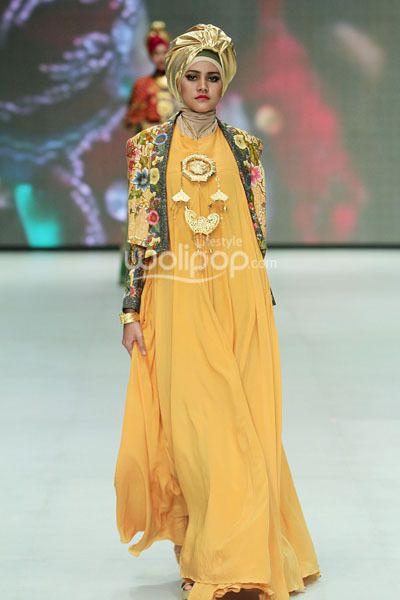 Dian Pelangi 'Royal Kingdom of Indonesia', Revealing Innocence, Indonesia Fashion Week 2014, at Jakarta Convention Center, Senayan, Jakarta. (Foto by Mohammad Abduh/Wolipop) #indonesia #hijab