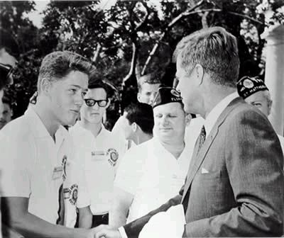 bill clinton and jfk photo | Bill Clinton meets President John F. Kennedy .