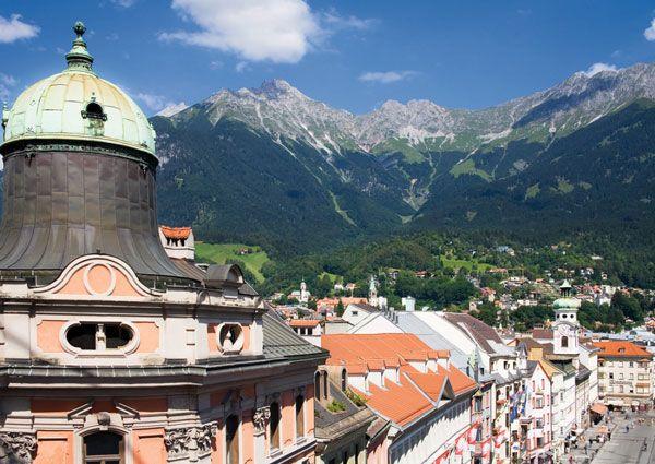 [Time Travel   오스트리아  인스부르크]취재  성은주    유럽의 숨겨진 아름다운 도시들  오스트리아  인스부르크   에메랄드빛 강이 도시 한가운데를 가로질러 흐르는 인스부르크는 사계절 …