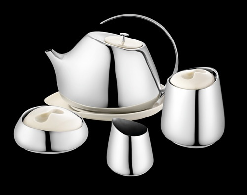 Helena Rohner designed a modern tea service that pays homage to Georg Jensen