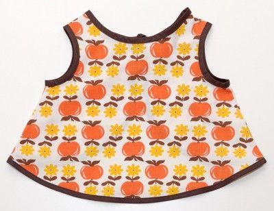 Använd gamla gardiner, tyg till barnkläder (inget mönster) (Swedish)