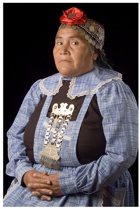 Mujer mapuche. Chile