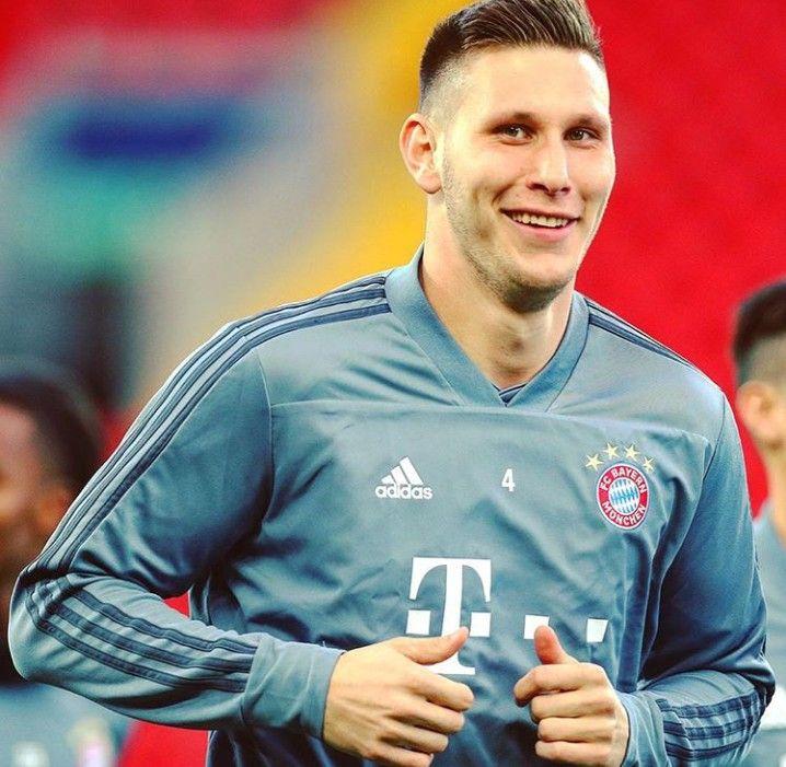 Pin Na Doske Bayern Munich