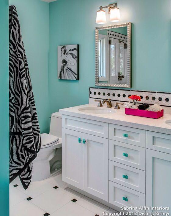 Best 25 zebra bathroom decor ideas on pinterest zebra bathroom zebra print bathroom and - Cute girls bathroom design interior ...