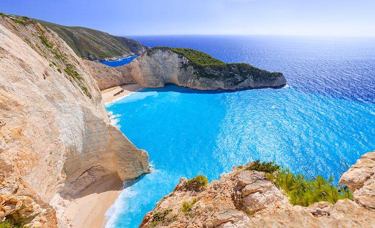 紅の豚の舞台!その2.ナヴァイオビーチ/ギリシャ ジブリ作品の舞台になった世界の26の絶景スポット