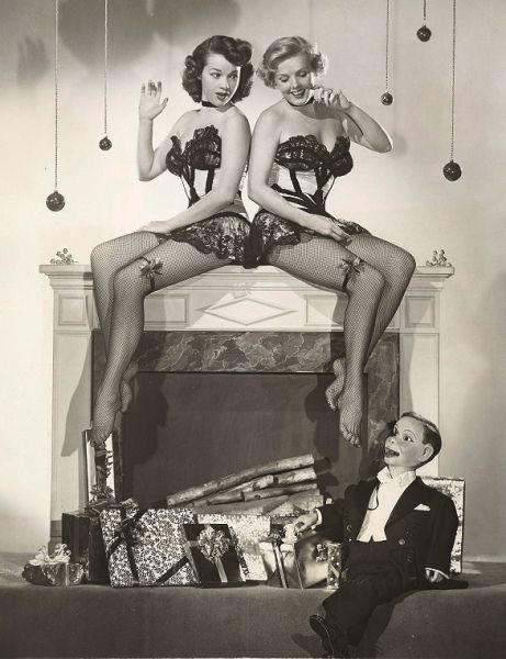 mothgirlwings:  Charlie McCarthy and friends - Christmas 1940s