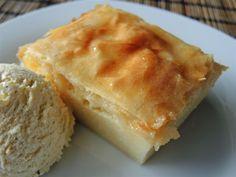 Galaktobóuriko ist ein griechisches Dessert mit einer Vanille-Grießpudding-Füllung, was sich gut für viele Gäste vorbereiten lässt.