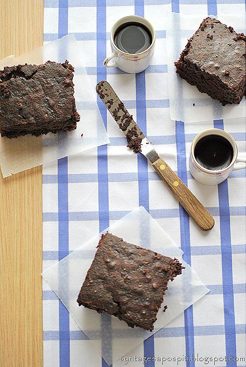 Μα...γυρεύοντας με την Αλεξάνδρα: Κέικ σοκολάτας με σιρόπι