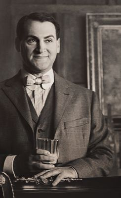 arnold rothstein Arnold rothstein (played by michael stuhlbarg), affectionately nicknamed the big bankroll, is the biggest, most powerful gangster in the country at the.