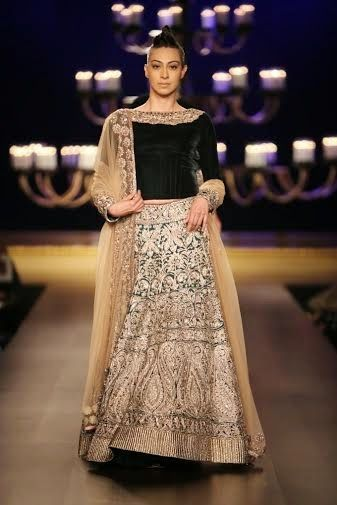 ICW 2014: Manish Malhotra At India Couture Week 2014 ~ Beautiful for a winter wedding.