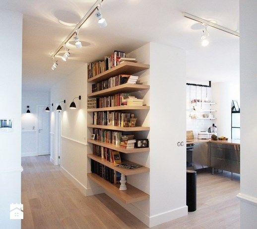 Aranżacje wnętrz - Hol / Przedpokój: Hol / Przedpokój styl Skandynawski - Soma Architekci. Przeglądaj, dodawaj i zapisuj najlepsze zdjęcia, pomysły i inspiracje designerskie. W bazie mamy już prawie milion fotografii!