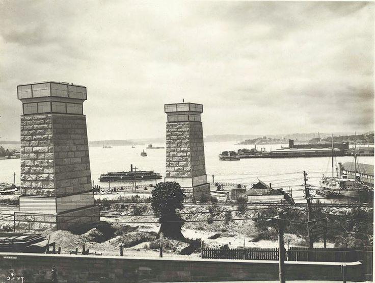 Sydney Harbour Bridge - Piers No.5 and 6, Dawes Point  Title: Piers No.5 and 6, Dawes Point Dated: 09/02/1927 Digital ID:
