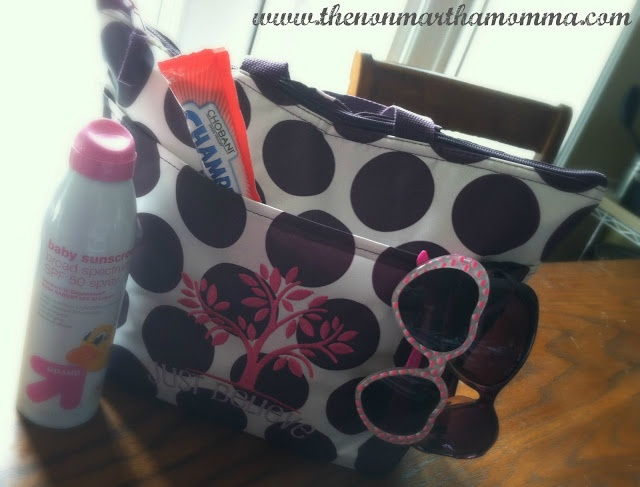 The Non-Martha Momma: JUST IN TIME FOR SUMMER THIRTY-ONE THERMAL TOTE REVIEW AND *GIVEAWAY*