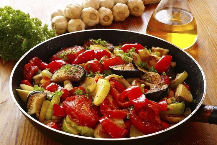 summer vegetable recipe - vegetarian ratatouille
