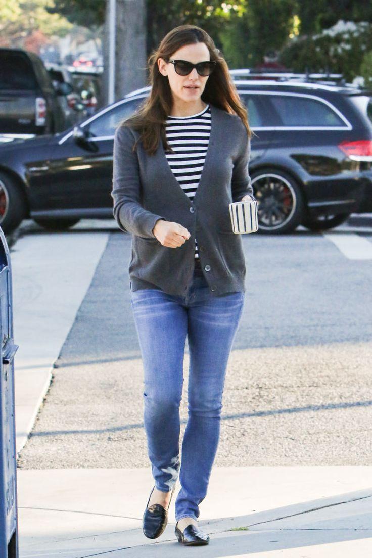Jennifer Garner style is the last remaining vestige of true off-duty clothing