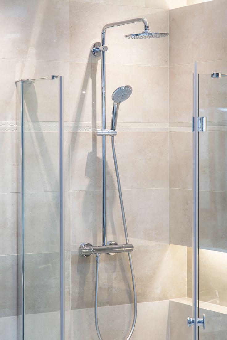 #Viverto #inspiracjeViverto #łazienka #bathroom #tiles #płytki #kolory #inspiracja #inspiracje #pomysł #idea #perfect #beautiful #nice #cool #wnętrze #design #wnętrza #wystrójwnętrz #łazienki #pięknie #ściana #wall #light  #mozaika #niebanalnie #prysznic #bateria #armatura #kabina
