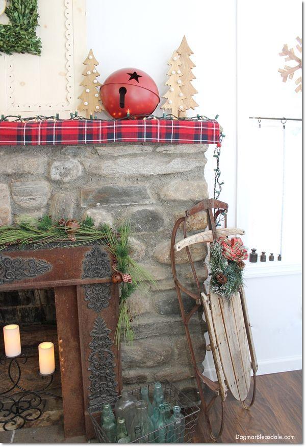 Blue Cottage Christmas Home Tour, Dagmar's Home, DagmarBleasdale.com #Christmas #decor #home #tour #2017 #sled #