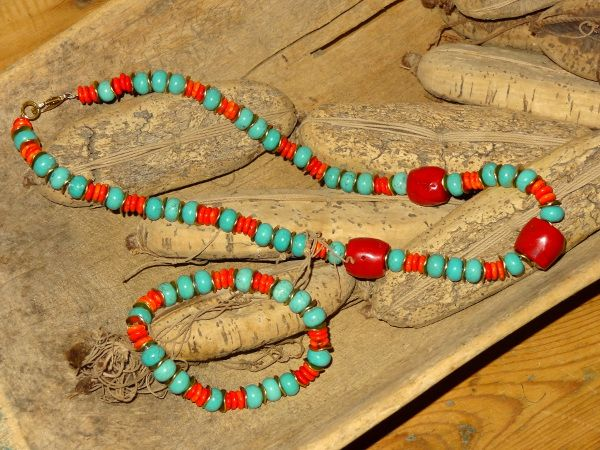 Coral and dyed magnesite set
