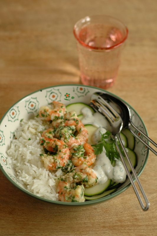 Bol de riz, crevettes ail & coriandre, courgette crue sauce lait de coco-citron-coriandre_2