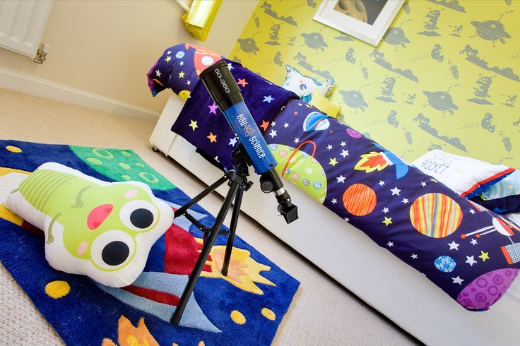 Telescope in the bedroom of The Canterbury at Buckby Meadows in Long Buckby | Bovis Homes