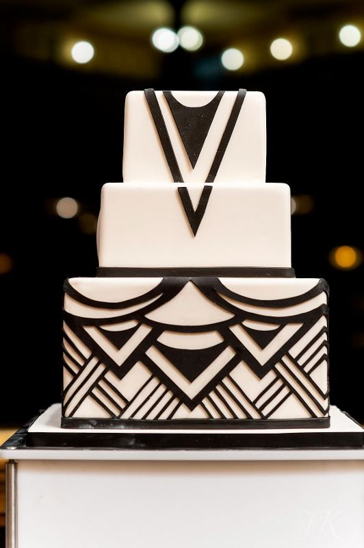 Cloud 9 - Brown Palace Art Deco wedding cake. Two tone art deco is easier to photograph than monotone art deco.