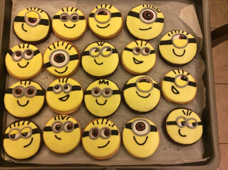 Biscotti minions cookies