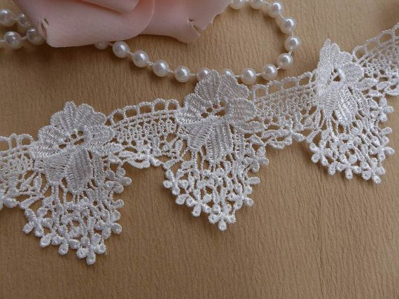 2.08 White Lace Trim, Vintage Exquisite Venise Lace, White Floral Lace Trim for Bridal, Sashes, Necklace, Victorian, Jewelry Lace    This listing is
