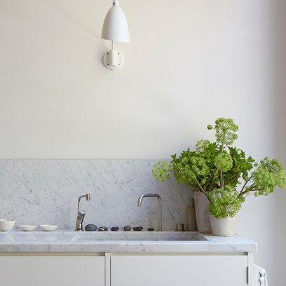 'Old White' Minimalist Kitchen